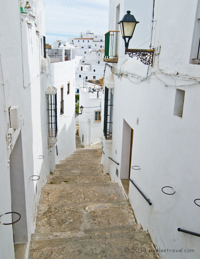 Long narrow streets of veer