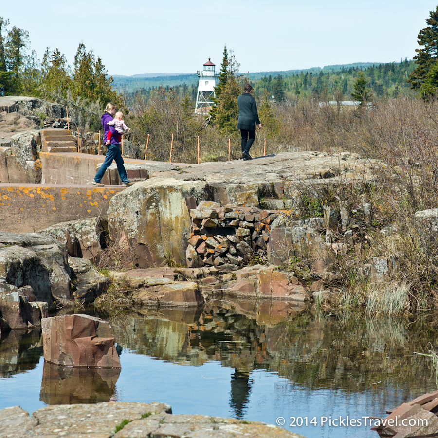 Walking to Grand Marais Lighthouse from Artist's Point