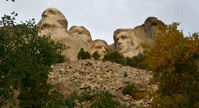 Mount Rushmore and all the presidents in Fall