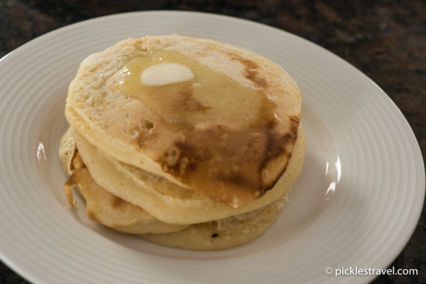 "Buttermilk pancakes made with ""expired"" milk"