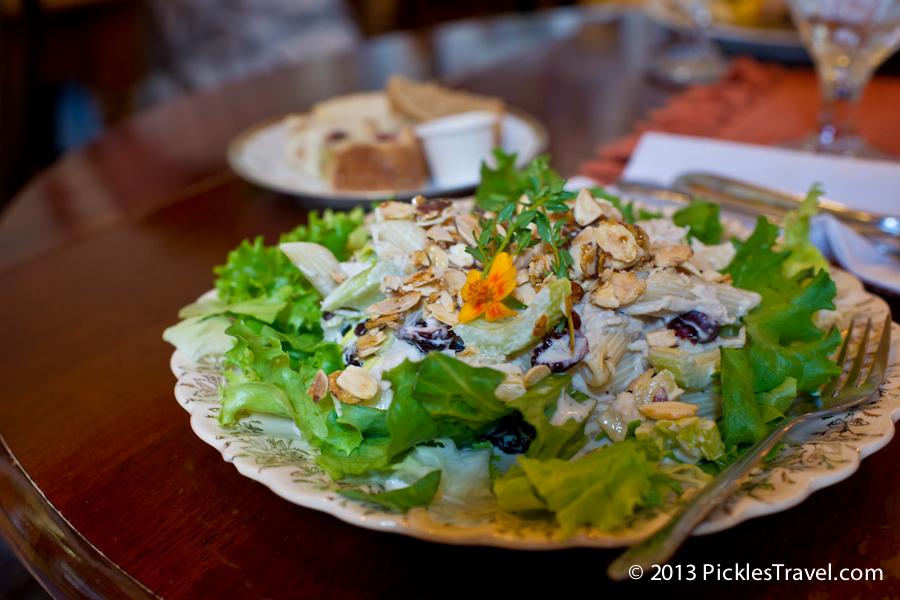 Pineapple-chicken salad