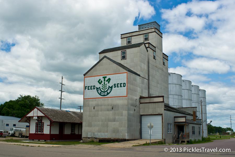 Farming Community feed elevator