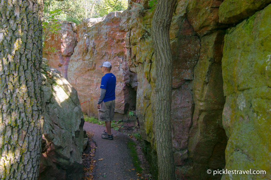Pipestone National Park circle tour walk